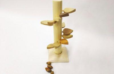 もりのはこ:外遊びを生み出すおもちゃ箱